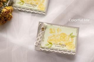 ふんわりした薔薇とレースのカード(横:ビューティフル・フレンドシップ)