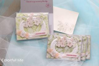 ホワイトフレームと桜のカード(横:フォーエバー・ブロッサム)