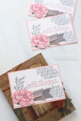 お花スタンプにささっと色塗り、シックなカード(縦:テイストフル・タッチ)