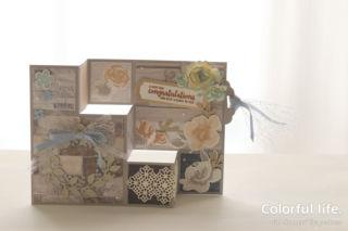 お花いっぱい、お祝いのスペシャルカード(横:アレンジ・ア・リース)
